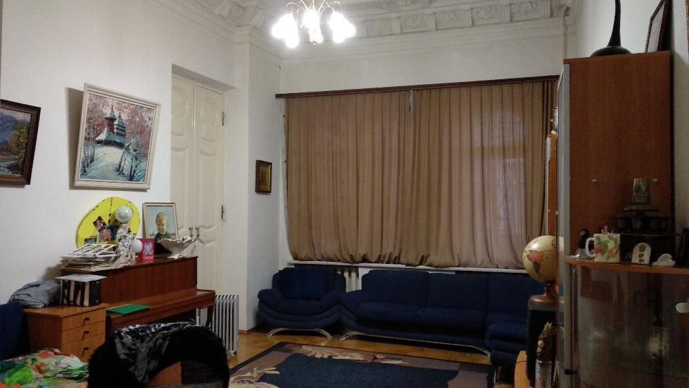 Продам квартиру Харьков, Садовая ул. 3
