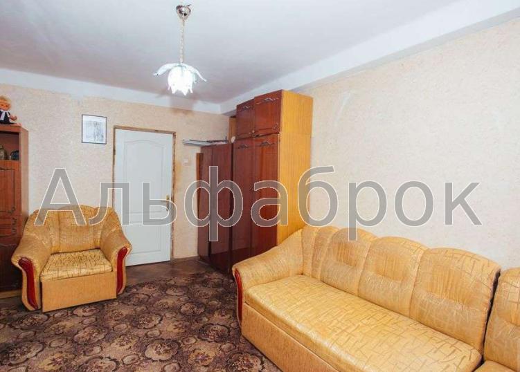 Продам квартиру Киев, Деревлянская ул.