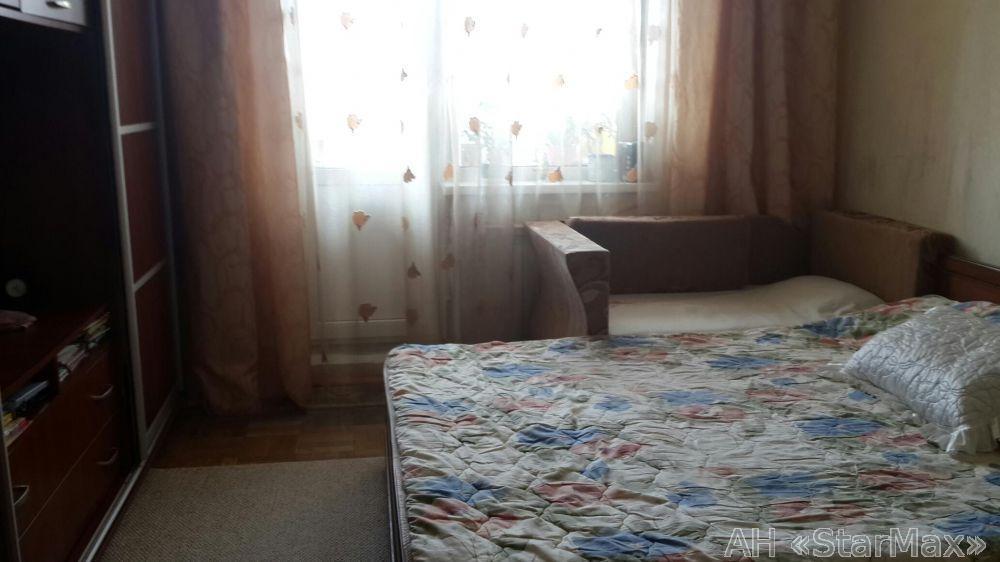 Продам квартиру Киев, Бурмистенко ул.