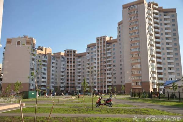 Продам квартиру Буча, Богдана Хмельницкого бул. 4