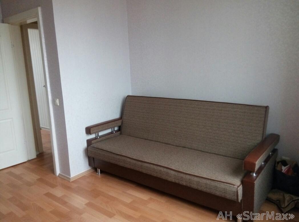 Продам квартиру Киев, Маяковского ул. 3