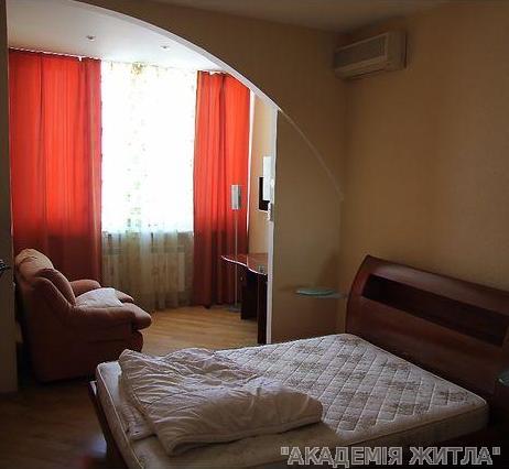 Сдам квартиру Киев, Срибнокильская ул.