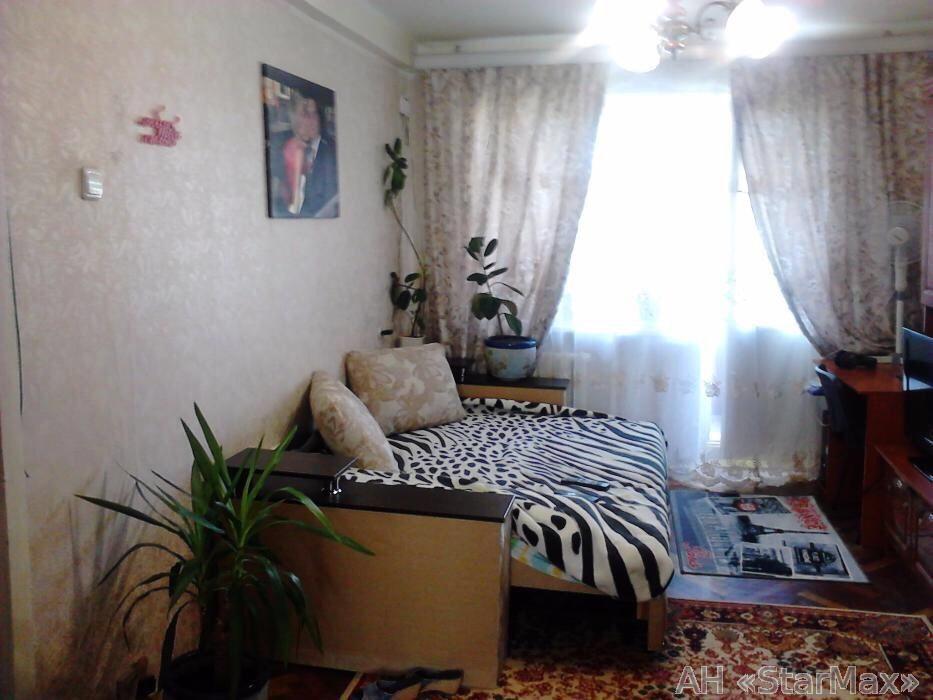 Продам квартиру Киев, Курская ул.