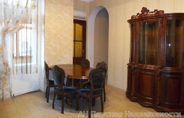 Продам квартиру Киев, Гончара Олеся ул. 3