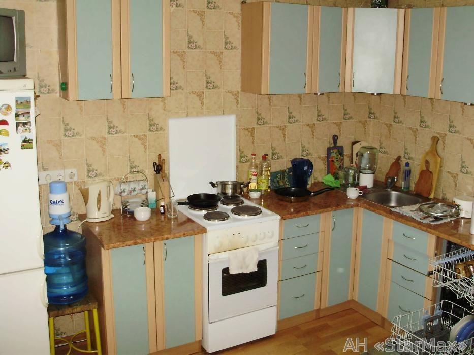 Продам квартиру Киев, Милославская ул.