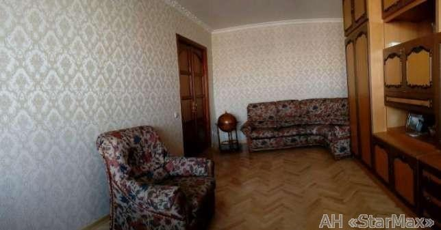 Продам квартиру Киев, Луначарского Анатолия пл. 2
