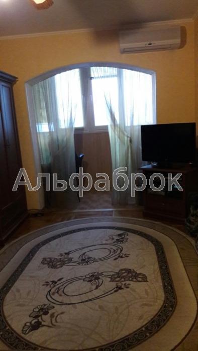 Продам квартиру Киев, Панча Петра ул.