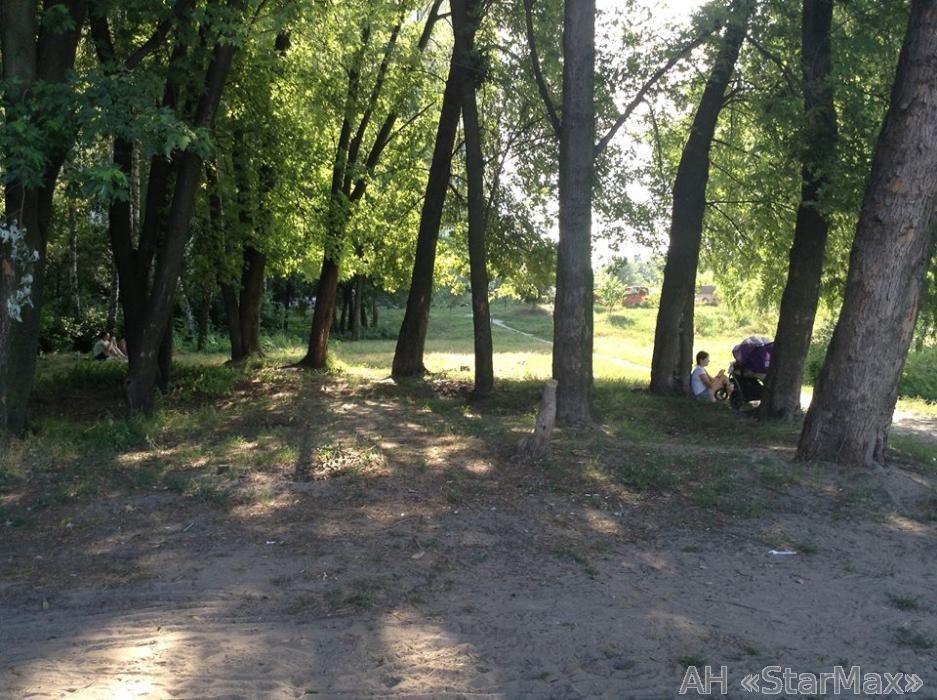 Продам квартиру Киев, Алма-Атинская ул. 2