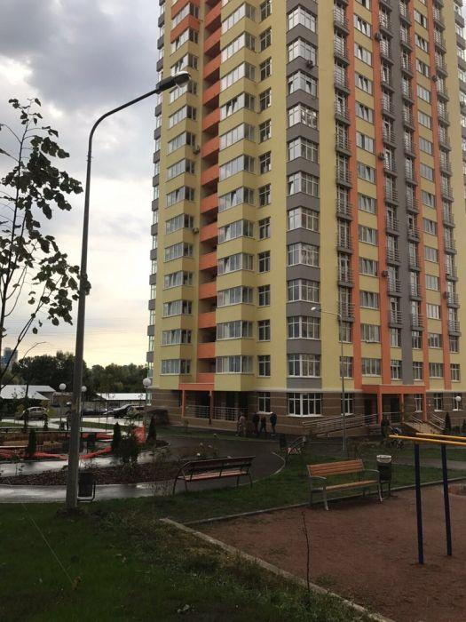 Продам квартиру Киев, Дегтяренко Петра ул.