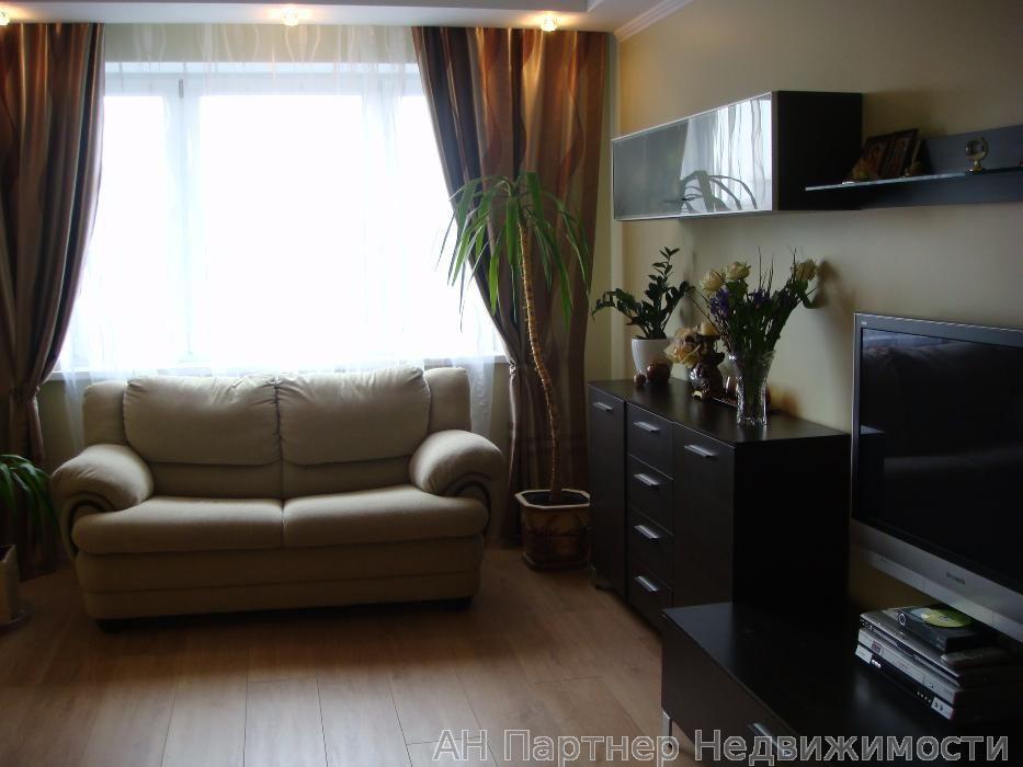 Сдам квартиру Киев, Львовская ул.