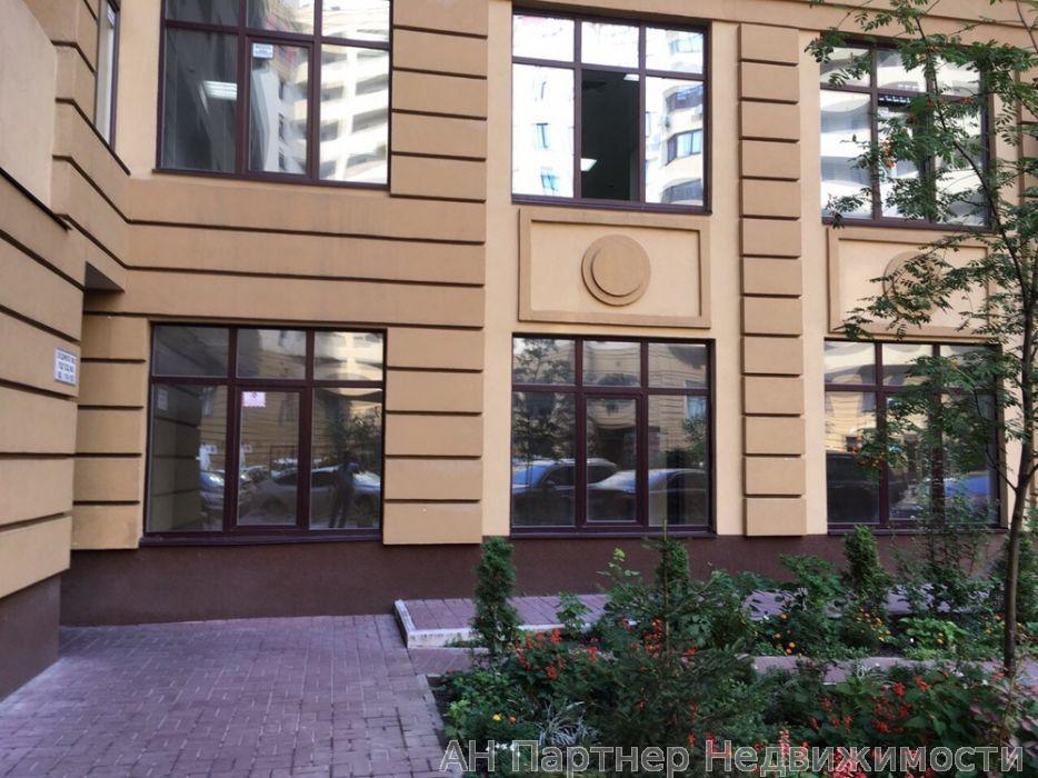 Продам офисное помещение Киев, Дмитриевская ул.