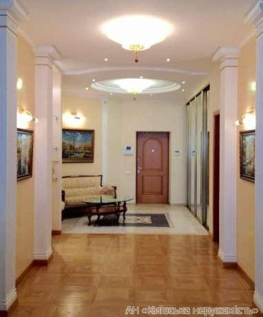 Продам апартаменты Киев, Старонаводницкая ул. 2