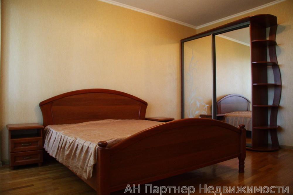 Сдам квартиру Киев, Героев Обороны ул.