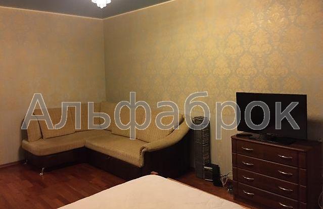Продам квартиру Киев, Пражская ул.