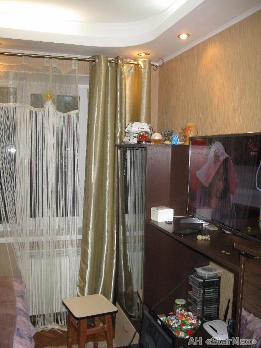 Продам квартиру Киев, Полярная ул. 5