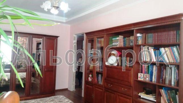 Продам квартиру Киев, Никольско-Слободская ул. 2