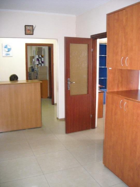 Продам офис в многоквартирном доме Киев, Окипной Раисы ул.