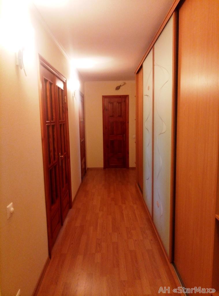 Продам квартиру Бровары, Декабристов ул. 5