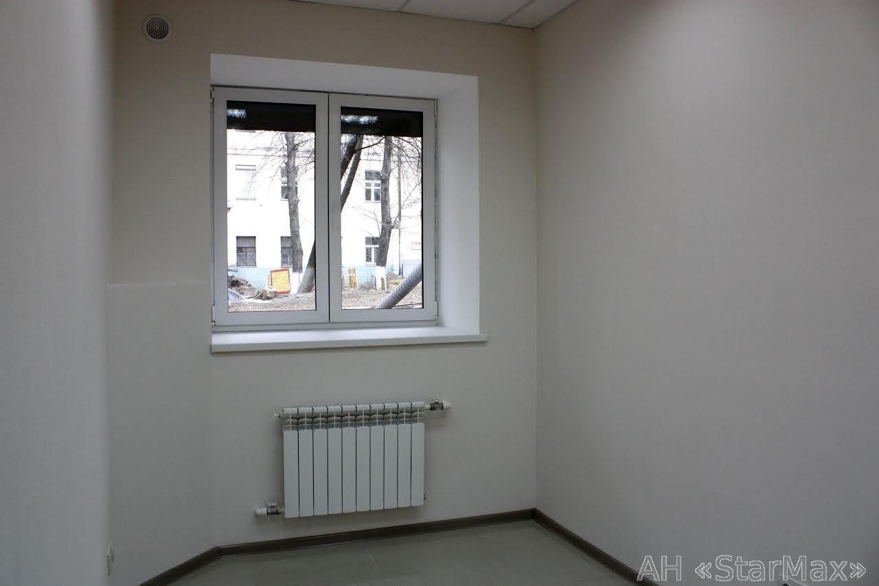 Продам офисное помещение Киев, Хмельницкого Богдана ул. 4