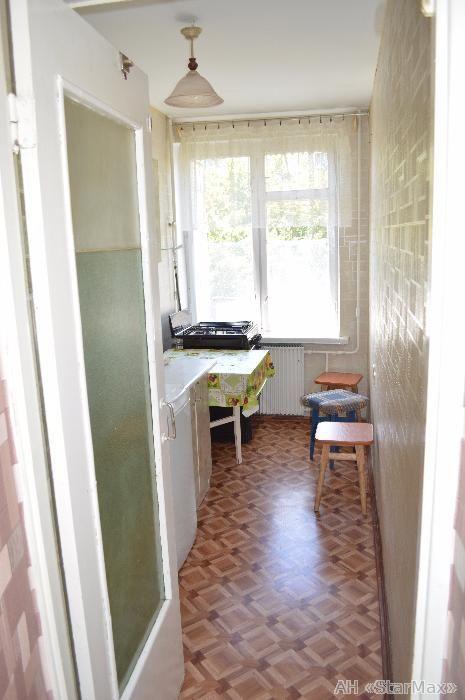 Продам гостинку Киев, Пироговского Александра ул. 3