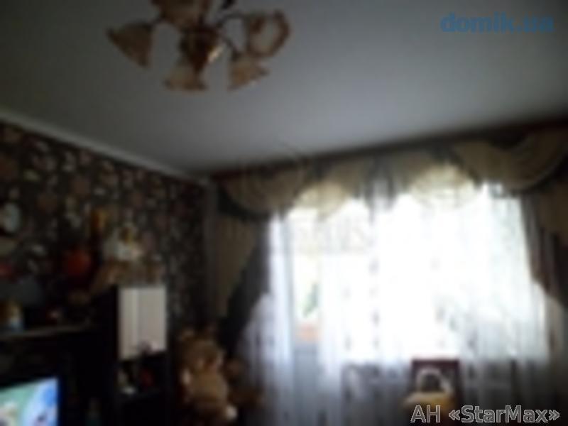 Фото 2 - Продам квартиру Киев, Пономарева ул.