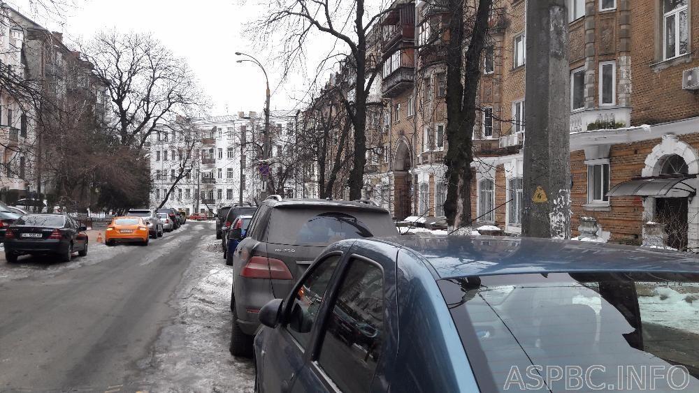 Продам отдельно стоящий офис Киев, Никольско-Ботаническая ул.