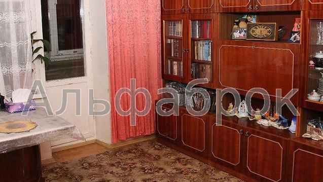 Продам квартиру Киев, Автозаводская ул.