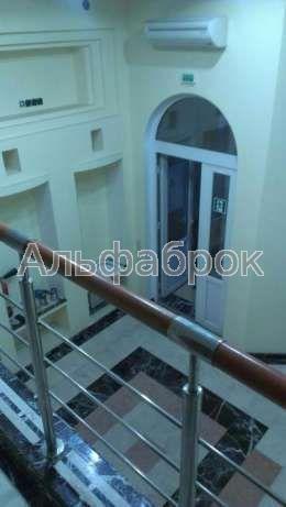 Продам офисное помещение Киев, Руданского Степана ул. 4