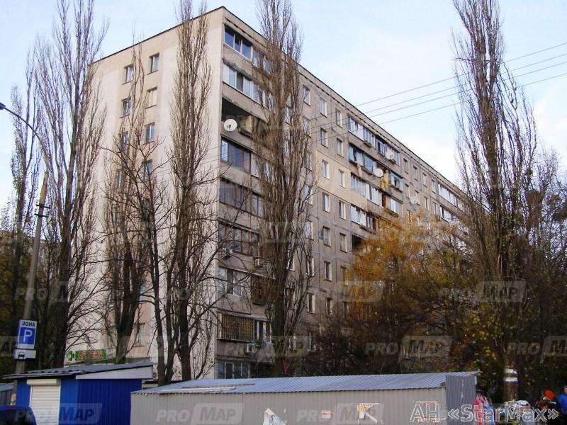 Фото 4 - Продам квартиру Киев, Зодчих ул.