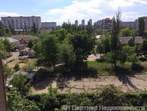 Продам квартиру Киев, Березняковская ул. 3