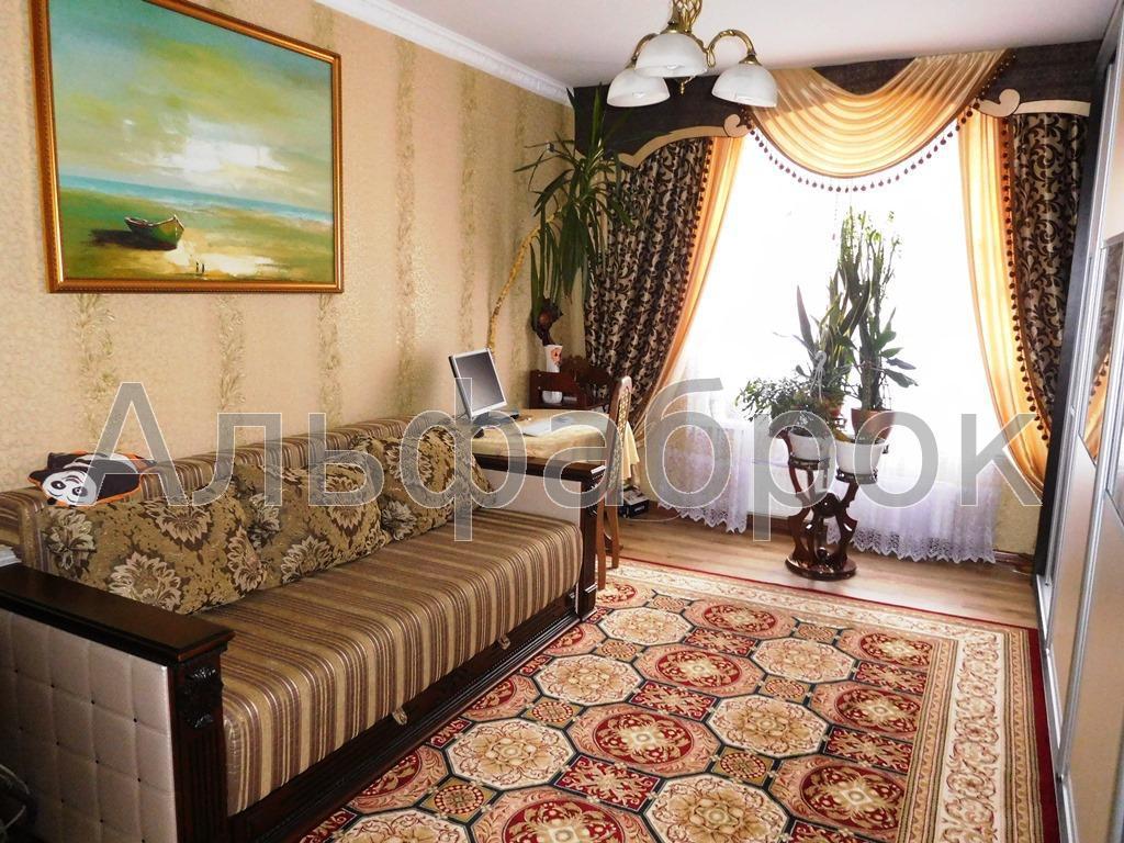 Продам квартиру Киев, Петрицкого Анатолия ул. 4
