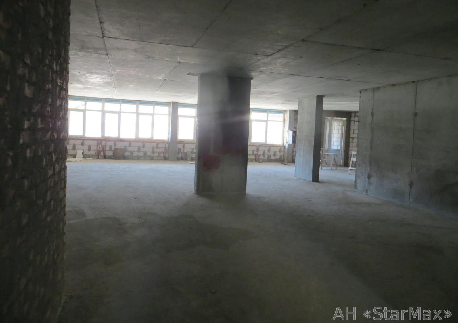 Продам офис в многоквартирном доме Киев, Кольцова бул. 4