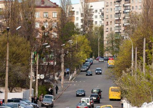 Продам офис в многоквартирном доме Киев, Большая Васильковская ул.