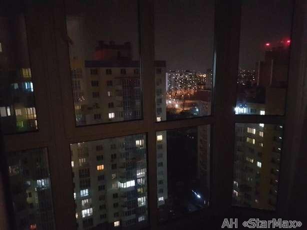 Продам квартиру Киев, Комбинатная ул. 5