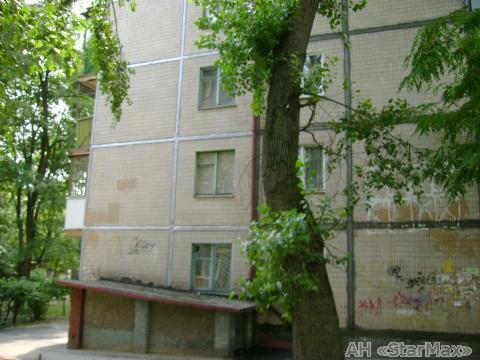 Фото 2 - Продам квартиру Киев, Комарова Космонавта пр-т