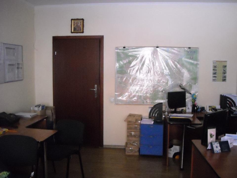 Продам офис в многоквартирном доме Киев, Окипной Раисы ул. 2