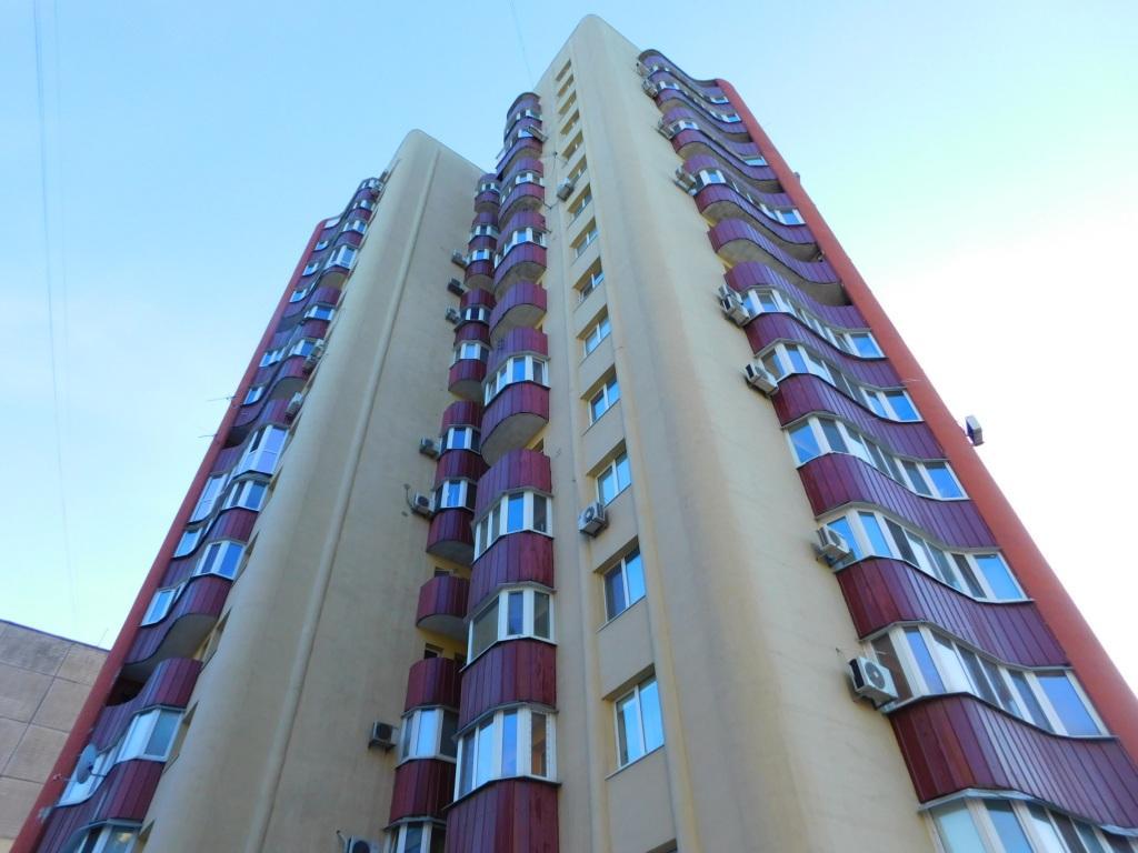 Продам квартиру Днепропетровск, Калиновая ул.