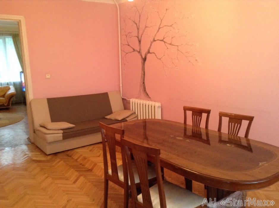 Фото 3 - Продам квартиру Киев, Дружбы Народов бул.