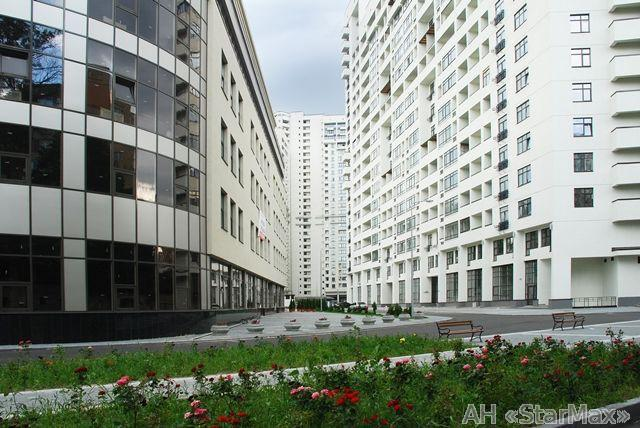 Продам квартиру Киев, Евгения Коновальца ул. 3