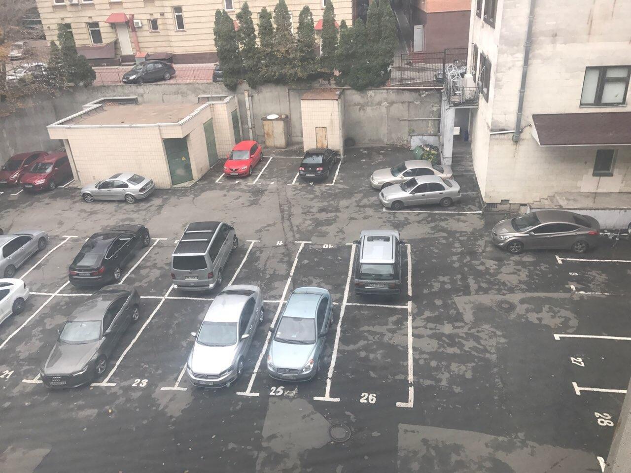 Продам офис в офисном центре Киев, Дмитриевская ул. 5