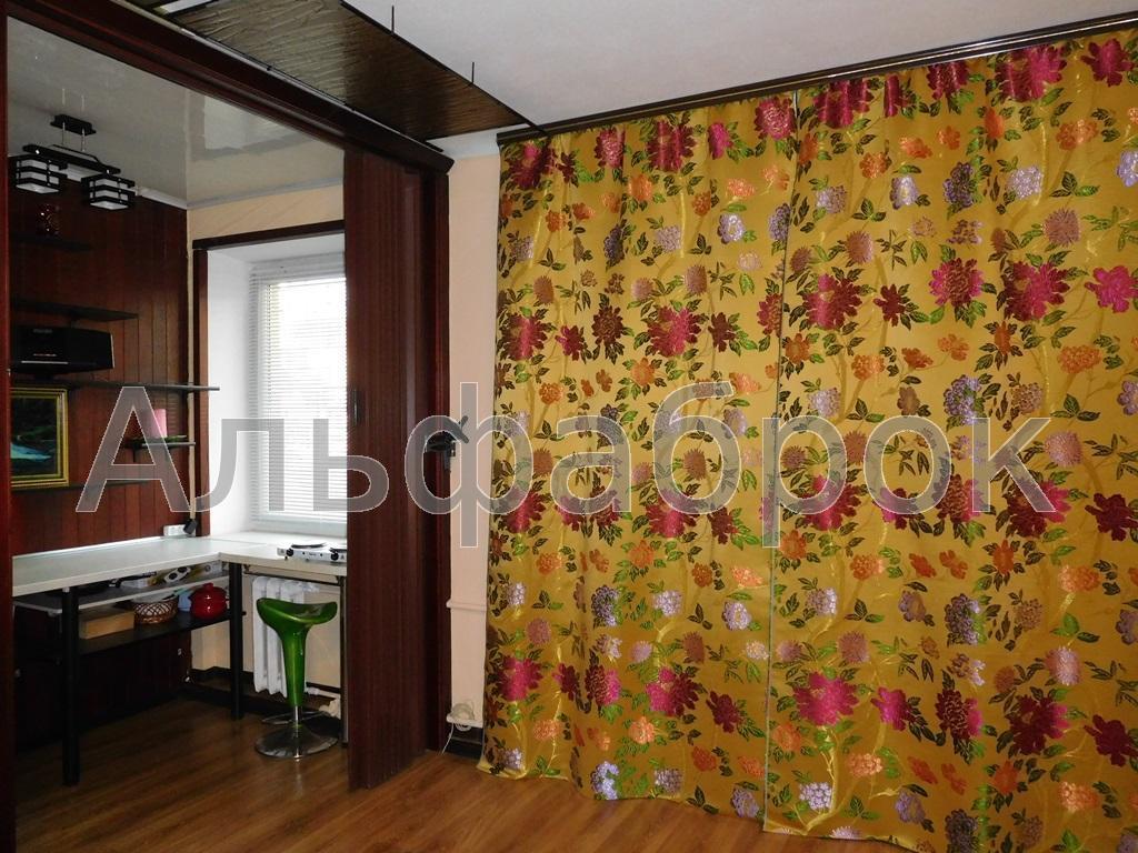 Продам квартиру Киев, Набережно-Крещатицкая ул.