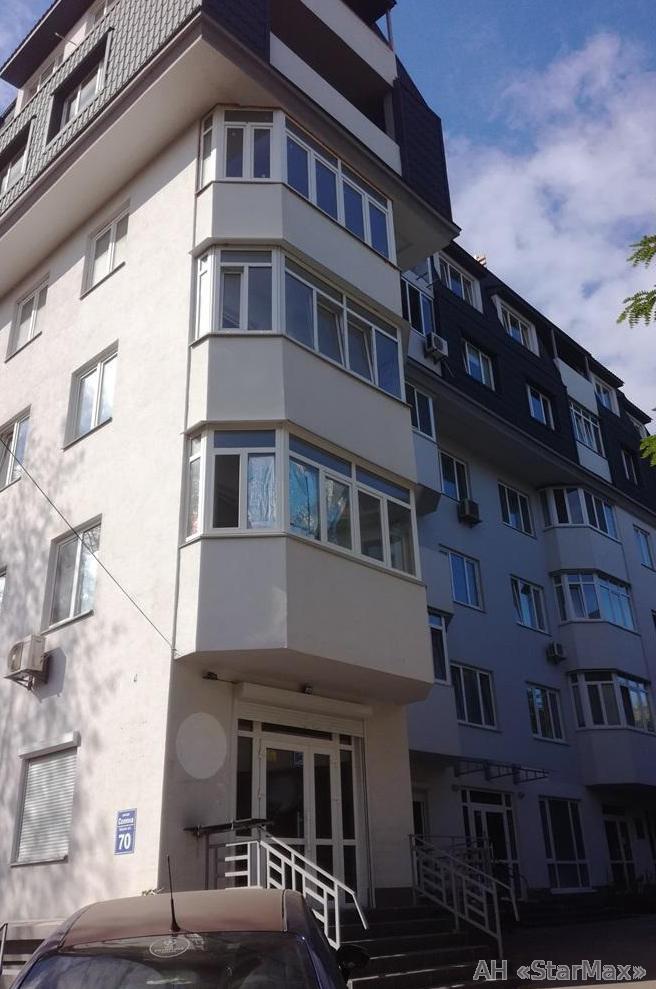 Продам квартиру Киев, Соляная ул. 2