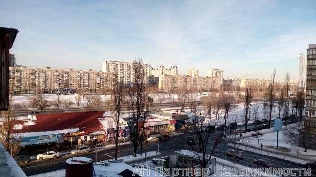 Фото 5 - Продам квартиру Киев, Бучмы Амвросия ул.