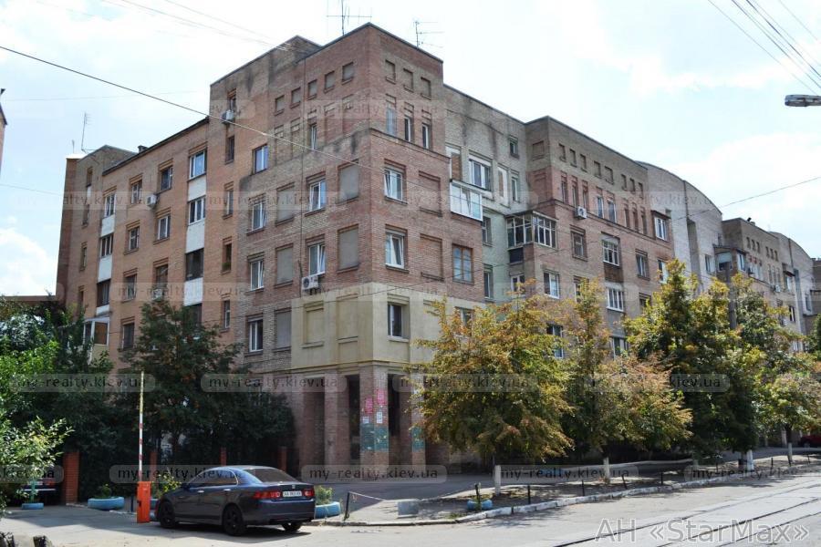 Фото - Продам квартиру Киев, Еленовская ул.