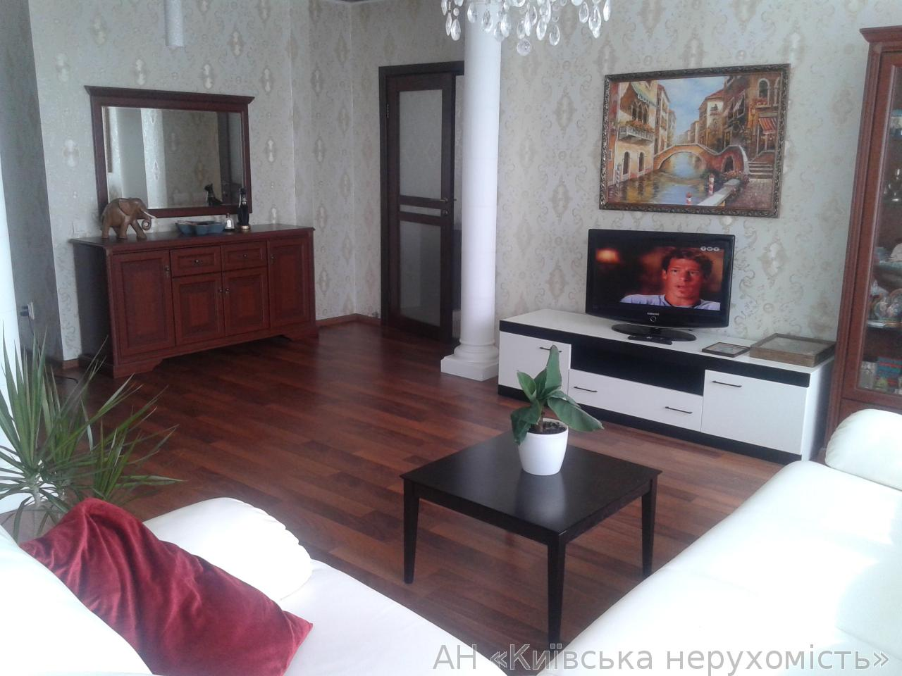 Фото - Продам квартиру Киев, Мишуги Александра ул.