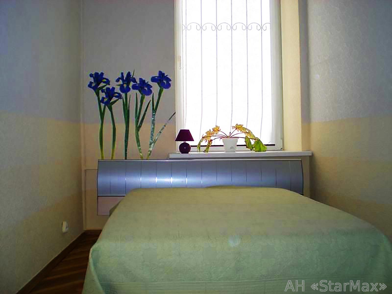 Продам квартиру Киев, Андреевский спуск 2