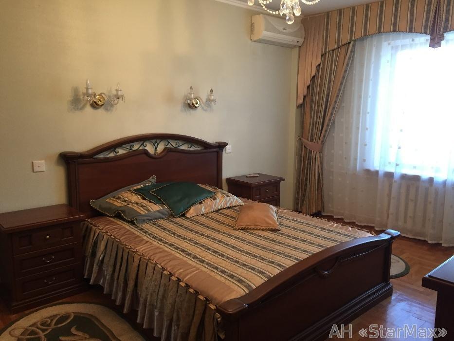 Продам квартиру Киев, Западинская ул.