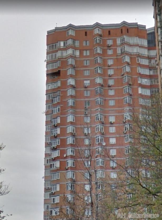 Фото 2 - Продам квартиру Киев, Евгения Коновальца ул.