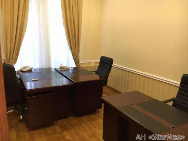 Продам офис в многоквартирном доме Киев, Липский пер. 2