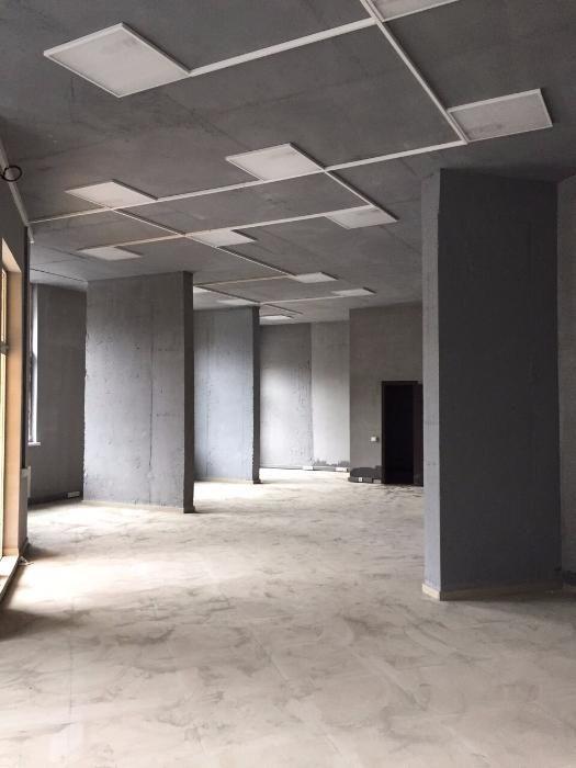 Продам офисное помещение Киев, Светлая ул. 4